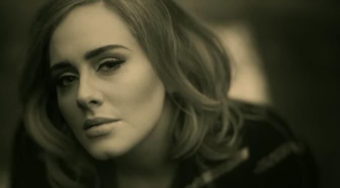 Adele dalam video terbarunya, Hello.