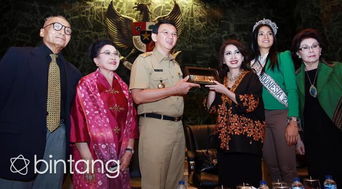 Kunjungan Puteri Indonesia Ke Balai Kota Jakarta Pusat. (Deki Prayoga/bintang.com)