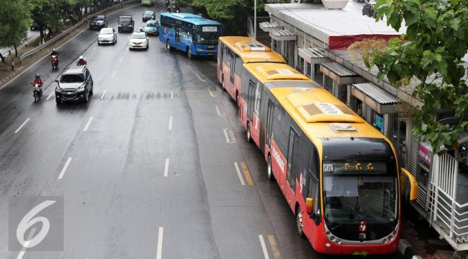 Bus Transjakarta (Liputan6.com/Yoppy Renato)