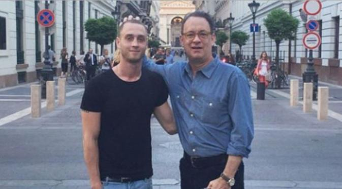 Chester Hanks and Tom Hanks, (Hollywood.com)