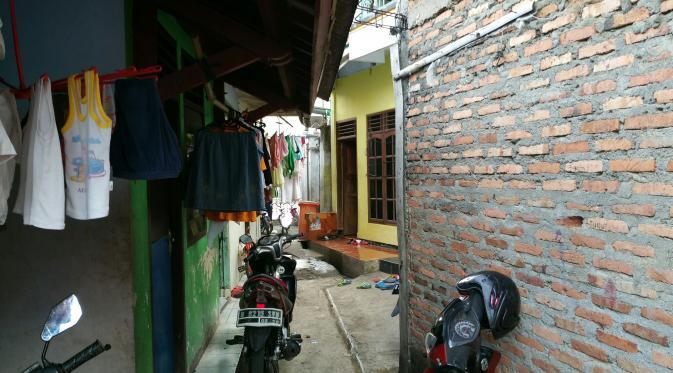 Elang dengan salak Condetnya itu tak cuma ada 1, mereka tersebar di seantero wilayah administrasi Jakarta, khususnya daerah perbatasan. (Nanda Perdana Putra/Liputan6.com)