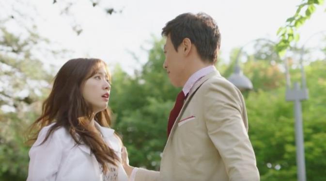 Romantisnya Park Shin Hye-Kim Rae Won di Teaser Drama Doctors - News