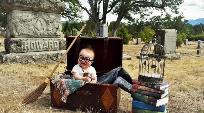 Pemotretan bayi bertema Harry Potter. (Via: boredpanda.com)