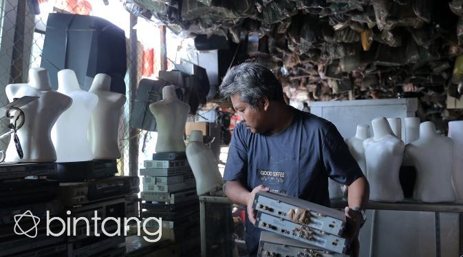 Melongok Mall Rongsok di Depok yang Mendunia. (Foto: Bintang.com/Andy Masela)