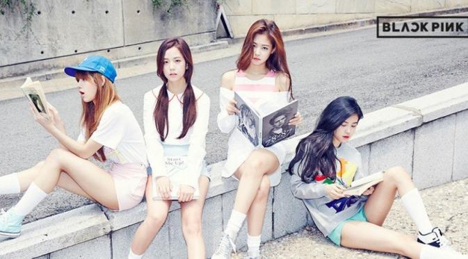 Girlband baru asuhan YG Entertainment diberi nama Blackpink mulai eksis di dunia hiburan.