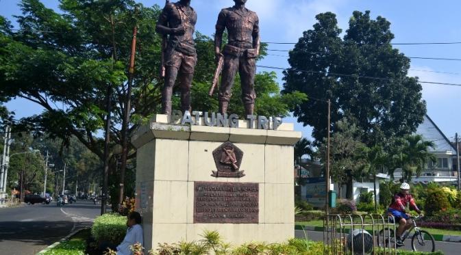 Monumen Pahlawan TRIP terdiri dari patung dan kuburan massal tentara pelajar. (Zainul Arifin/Liputan6.com)