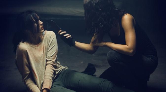 Aksi Chelsea Islan di Film Headshot