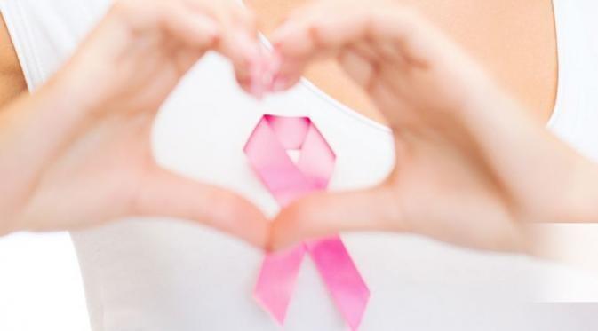 Wanita memiliki hormon estrogen dan progesteron yang tinggi sehingga100x lebih rentan terkena kanker payudara dibandingkan pria.