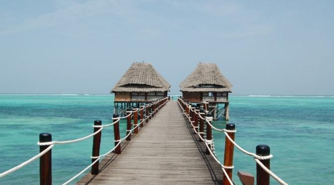 Pantai di Zanzibar. Sumber : ebony.com