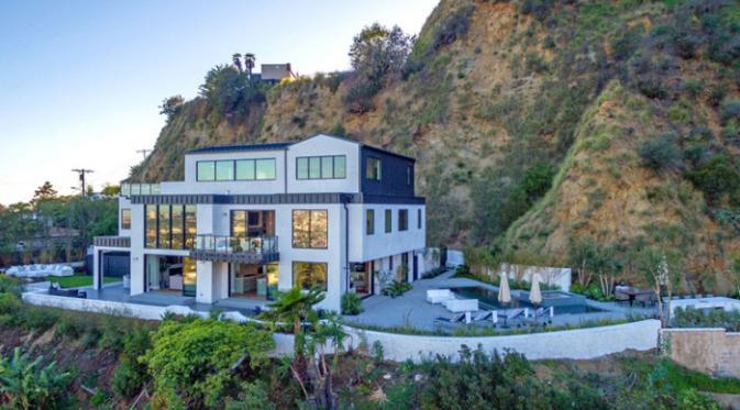 Rumah Demi Lovato di Hollywood Hills. (Foto: Variety)