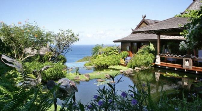 Rumah David Bowie di pulau Mustique, Afrika Selatan (architecturaldigest.com)