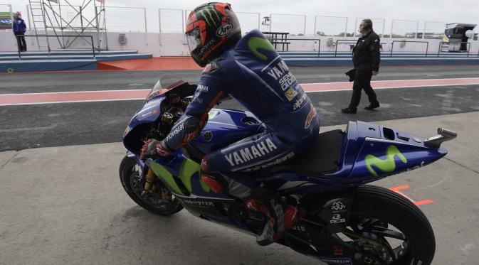 Pembalap Movistar Yamaha, Maverick Vinales. (JUAN MABROMATA / AFP)