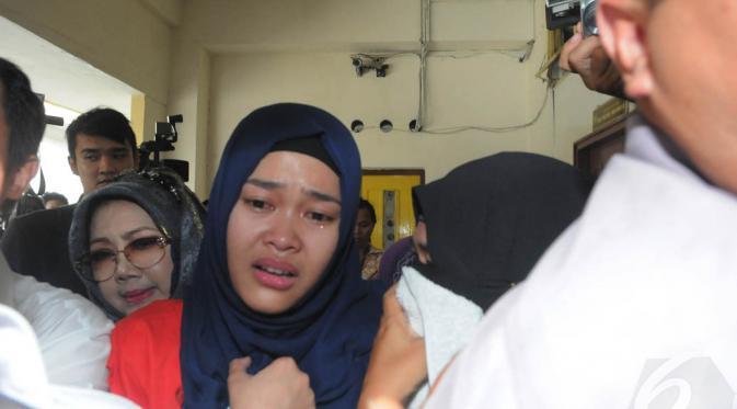 Sel Seumur Hidup untuk Sejoli Pembunuh Ade Sara - News