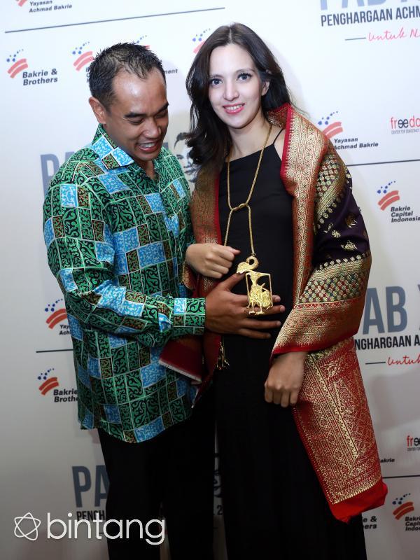 Nia Ramadhani dan sang suami. (Wimbarsana/DOC: Bintang.com)